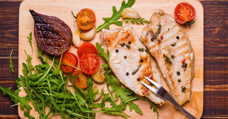 Pri piščancu z znakom »izbrana kakovost – Slovenija« vemo, s čim je bil hranjen