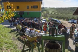 Kmetijska zadruga Šaleška dolina postregla z domačimi dobrotami