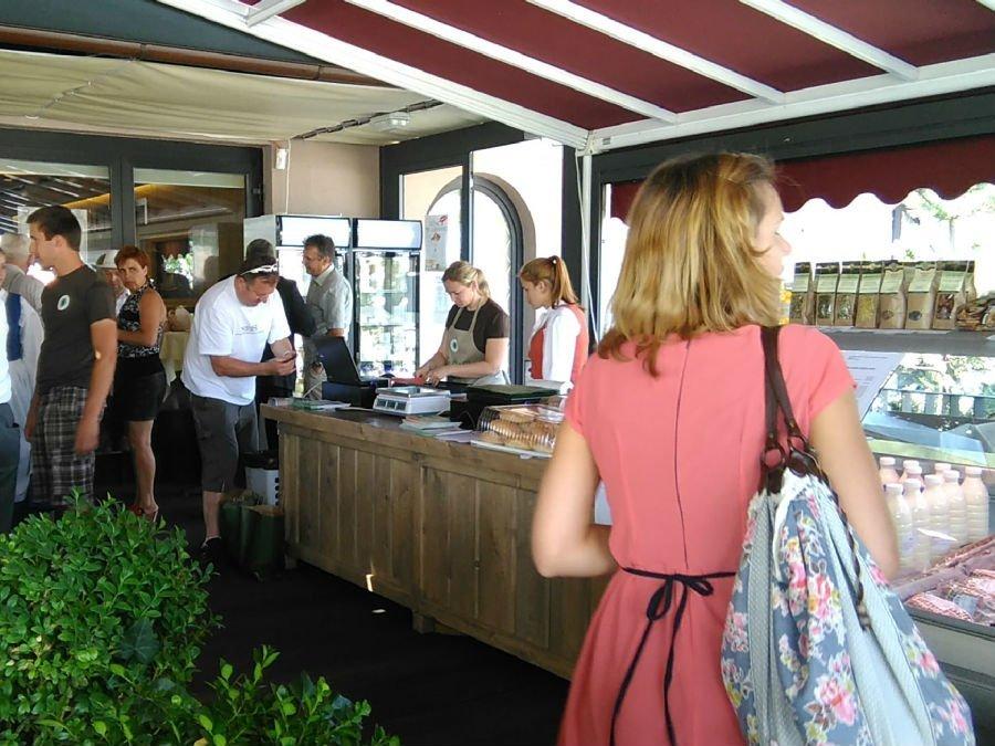 Izključno lokalna hrana se vrača na slovenske tržnice