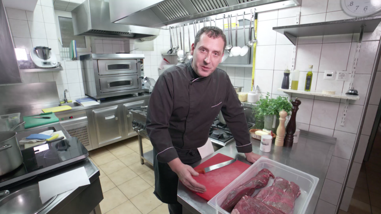 [VIDEO] Roberto Gregorčič o pripravi govejega in piščančjega mesa