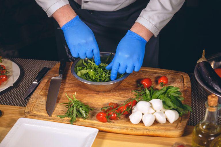 Kaj vse moramo vedeti o mesu, njegovi pripravi in shranjevanju