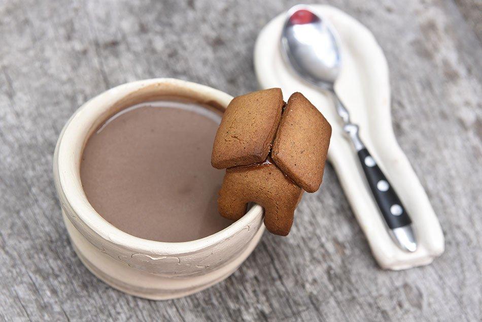»Poprovci« ali pikantni medenjaki s kakavovim napitkom – recept