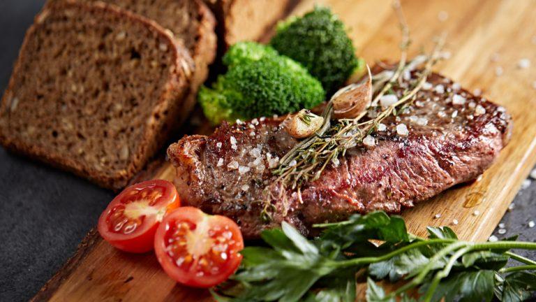 Kako se prepričati, da je govedina na vašem krožniku zares slovenska in višje kakovosti