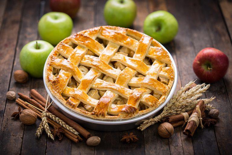 Domača jabolčna pita – recept