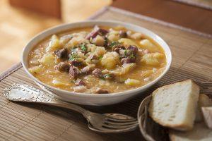 Dušeno zelje s krompirjem – recept