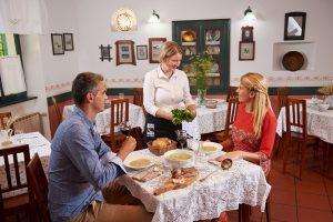Recepti za ŠPAS ob lepo pogrnjeni mizi