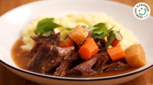 Počasi pečena govedina v pečici z zelenjavo – video recept