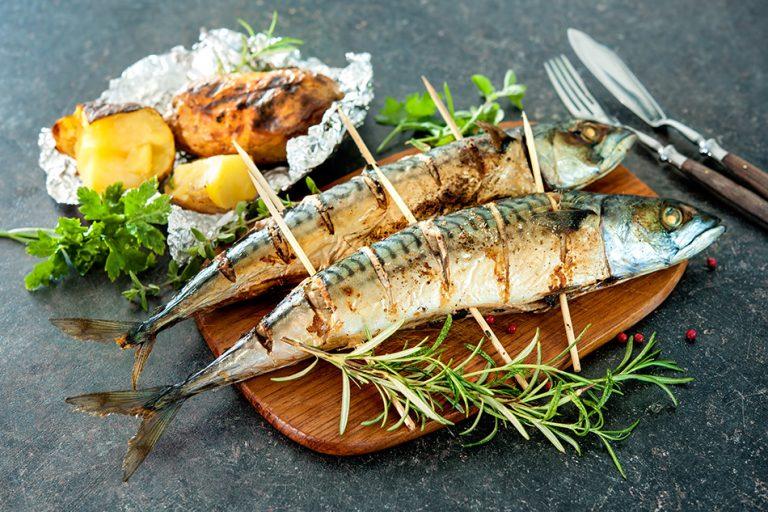Ribe na žaru