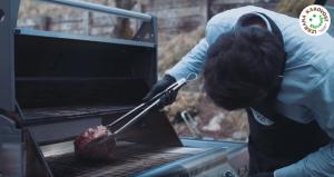 [VIDEO] Hitra in počasna priprava govejega mesa