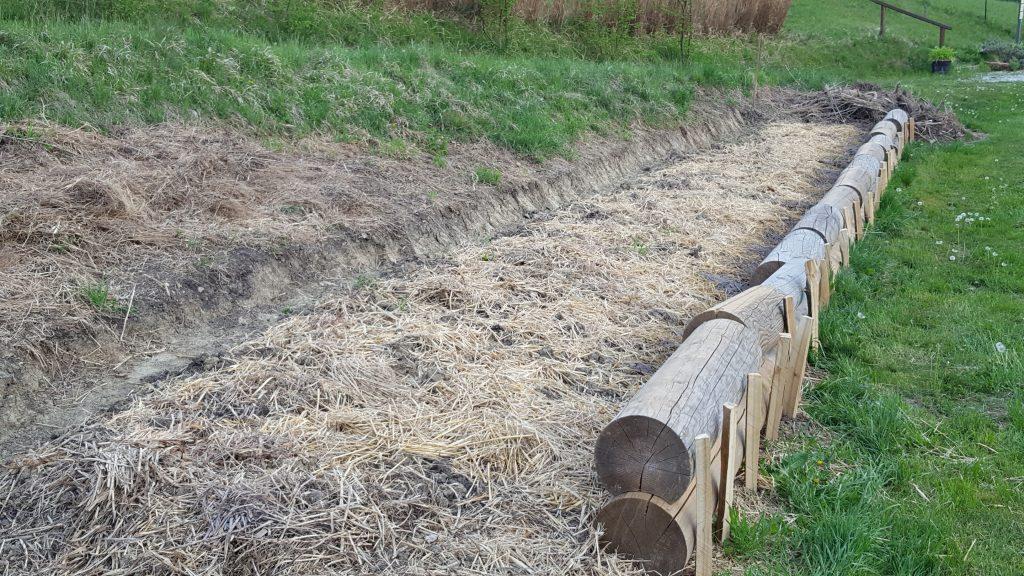 Travna-mulda-za-zadrzevanje-vode