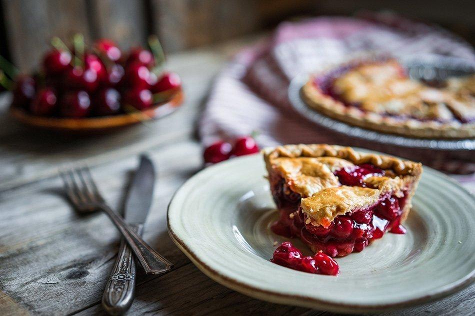 Domača češnjeva pita