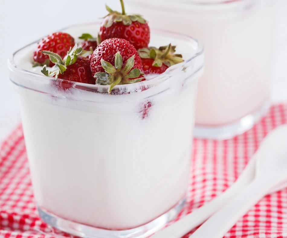 Jogurt v kozarcu